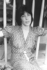 Lily Tomlin. Photo by Cynthia MacAdams, copyright © 2000